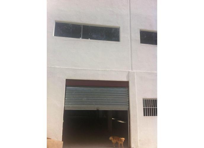 Galpão em Granja Viana/SP de 470m² para locação R$ 4.700,00/mes