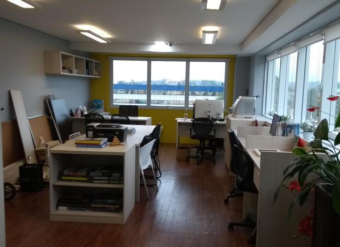 Sala em Granja Viana/SP de 37m² a venda por R$ 320.000,00 ou para locação R$ 1.560,00/mes