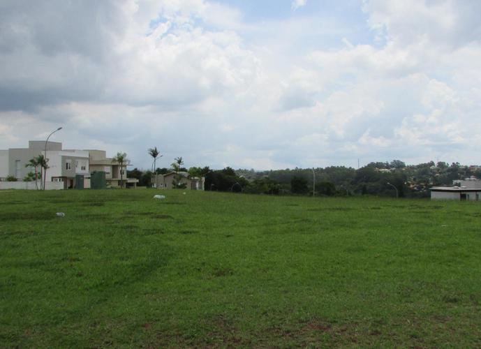 Terreno em Granja Viana/SP de 622m² a venda por R$ 695.000,00