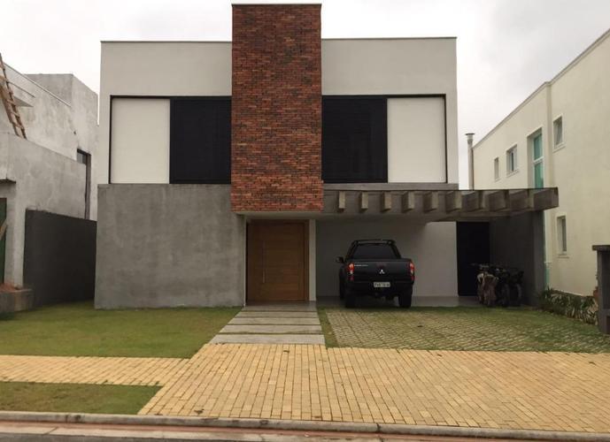Sobrado em Alphaville/SP de 350m² 3 quartos a venda por R$ 1.800.000,00