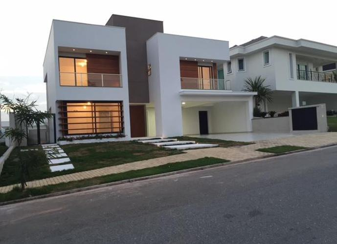Sobrado em Alphaville/SP de 395m² 4 quartos a venda por R$ 2.500.000,00