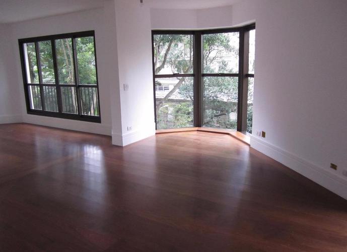 Apartamento em Vila Nova Conceição/SP de 210m² 3 quartos a venda por R$ 4.400.000,00