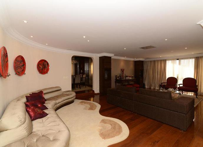 Apartamento em Tatuapé/SP de 315m² 4 quartos a venda por R$ 1.580.000,00