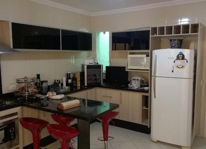 Sobrado em Vila Carrão/SP de 100m² 3 quartos a venda por R$ 670.000,00
