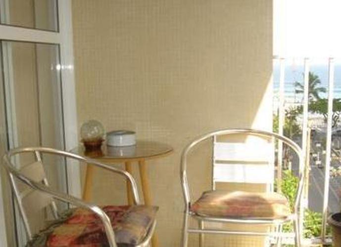 Apartamento em Praia Pitangueiras/SP de 176m² 4 quartos a venda por R$ 650.000,00