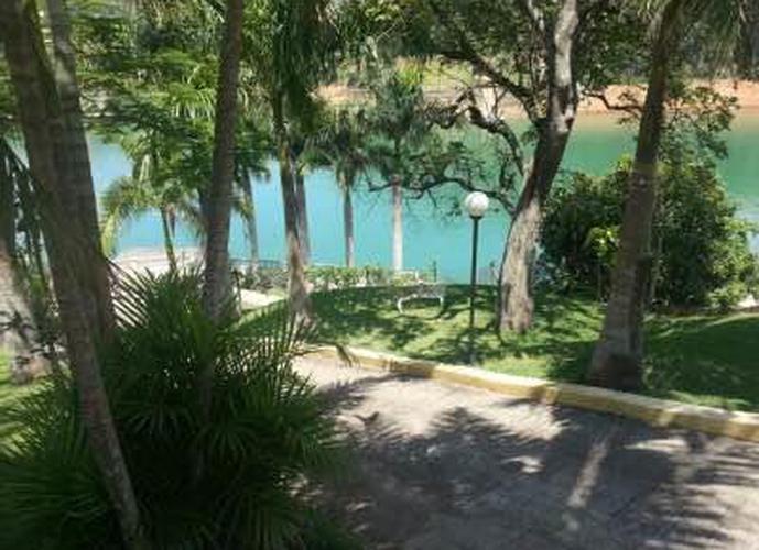 Chácara em Paraíso De Igaratá/SP de 48m² 4 quartos a venda por R$ 1.600.000,00