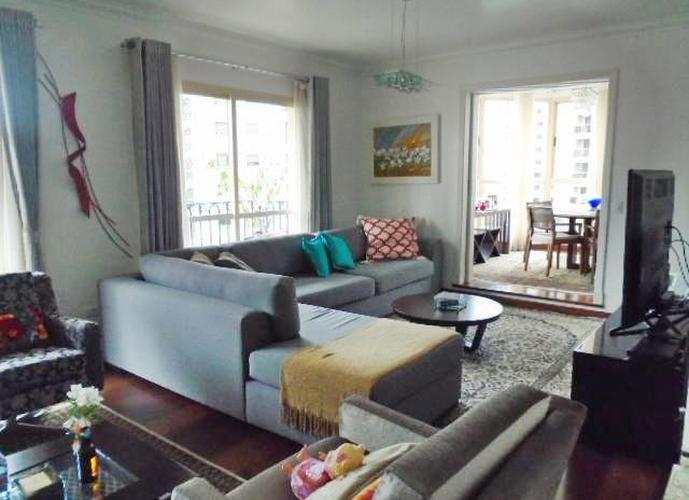 Apartamento em Tatuapé/SP de 196m² 3 quartos a venda por R$ 1.390.000,00