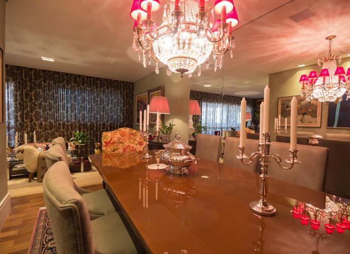 Apartamento em Jardim Anália Franco/SP de 223m² 3 quartos a venda por R$ 1.800.000,00