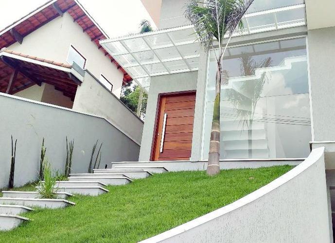 Sobrado em Arujá/SP de 300m² 4 quartos a venda por R$ 1.390.000,00