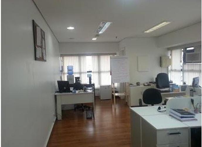 Sala em Vila Carrão/SP de 45m² a venda por R$ 300.000,00