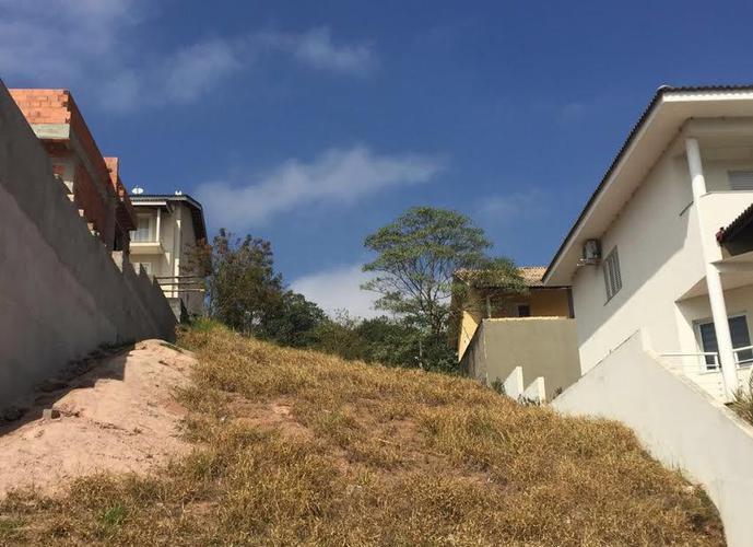 Terreno em Parque Residencial Itapeti/SP de 360m² a venda por R$ 320.000,00