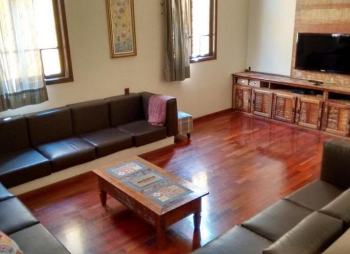 Sobrado em Vila Antonieta/SP de 380m² 3 quartos a venda por R$ 1.100.000,00