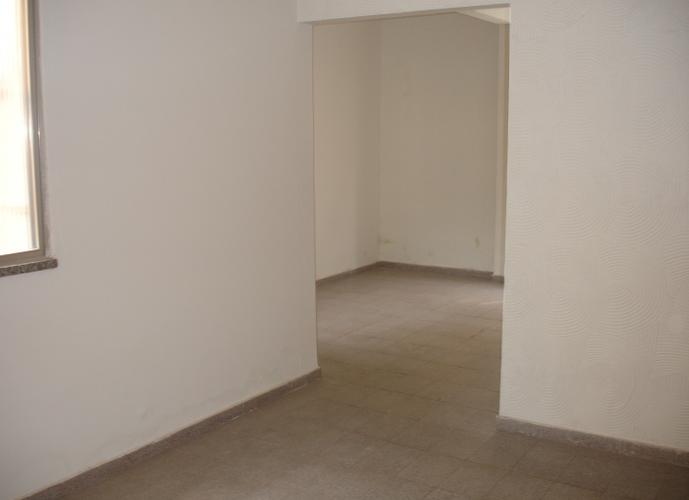 Apartamento em Vila Valqueire/RJ de 60m² 2 quartos a venda por R$ 280.000,00
