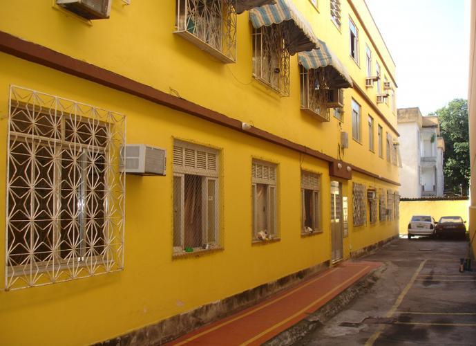 Apartamento em Vila Valqueire/RJ de 51m² 2 quartos a venda por R$ 230.000,00