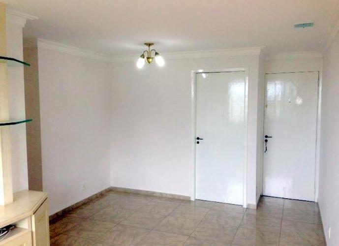 Apartamento em Granja Viana/SP de 70m² 3 quartos a venda por R$ 320.000,00