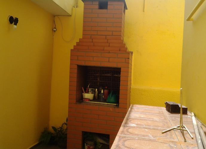 Sobrado em Vila Pirajussara/SP de 130m² 2 quartos para locação R$ 1.800,00/mes
