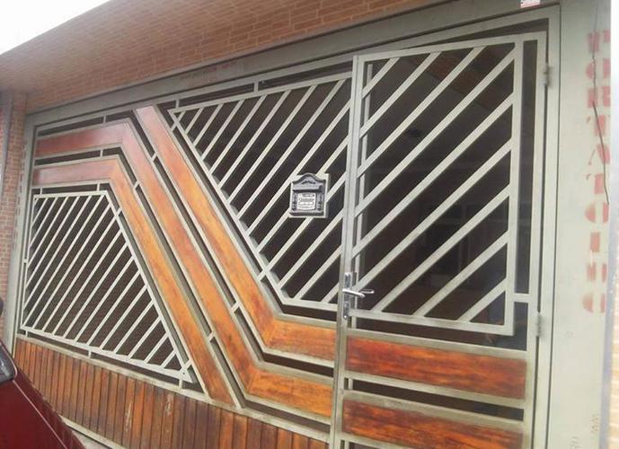 Sobrado em Parque Residencial Dos Lagos/SP de 110m² 3 quartos a venda por R$ 250.000,00