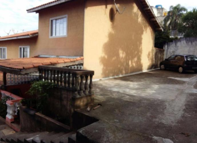Sobrado em Jardim Mitsutani/SP de 0m² 2 quartos a venda por R$ 270.000,00