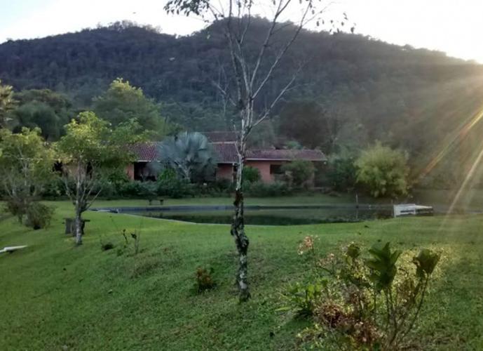 Chácara em Itoupavazinha/SC de 140m² 2 quartos a venda por R$ 2.800.000,00