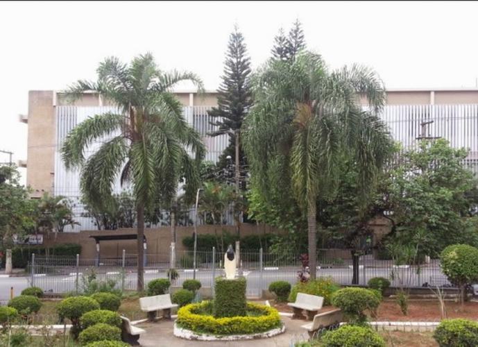 Edifício industrial monousuário - 8.800 m² área útil