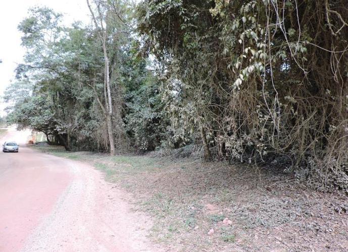 Terreno em Granja Viana/SP de 2726m² a venda por R$ 320.000,00