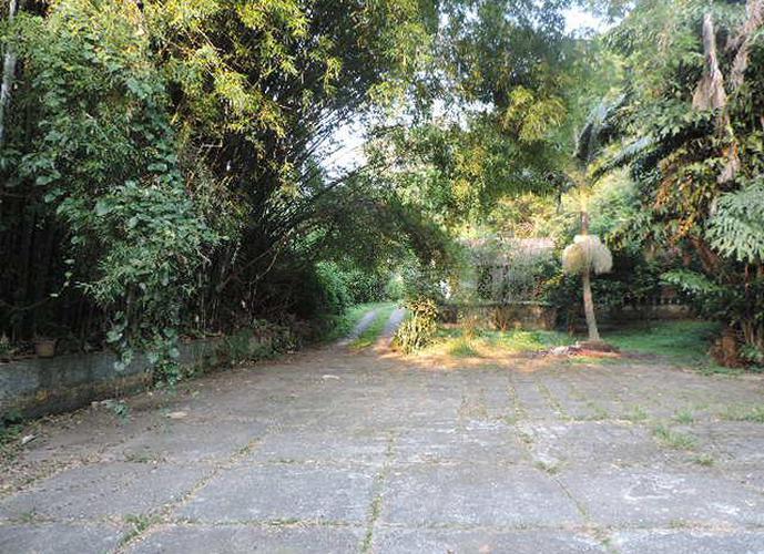 Terreno em Granja Viana/SP de 4190m² a venda por R$ 1.800.000,00