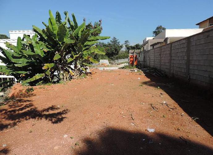 Terreno em Granja Viana/SP de 702m² a venda por R$ 545.000,00