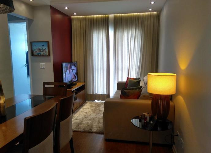 Apartamento em Granja Viana/SP de 57m² 2 quartos a venda por R$ 240.000,00