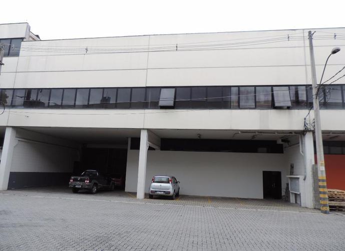 Galpão em Granja Viana/SP de 1239m² para locação R$ 24.537,00/mes