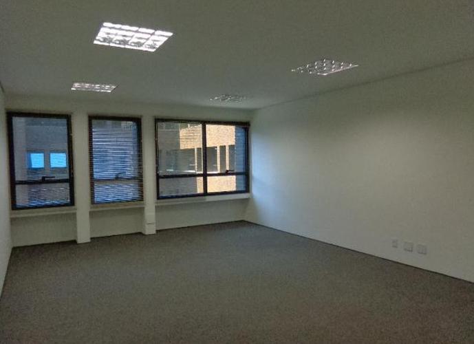 Sala em Granja Viana/SP de 41m² para locação R$ 1.546,96/mes