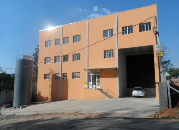 Galpão em Granja Viana/SP de 857m² para locação R$ 12.000,00/mes