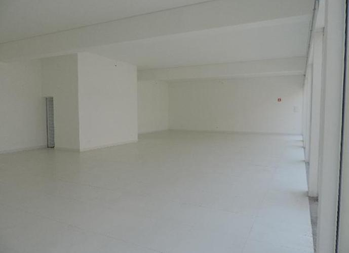 Loja em Granja Viana/SP de 200m² para locação R$ 10.000,00/mes