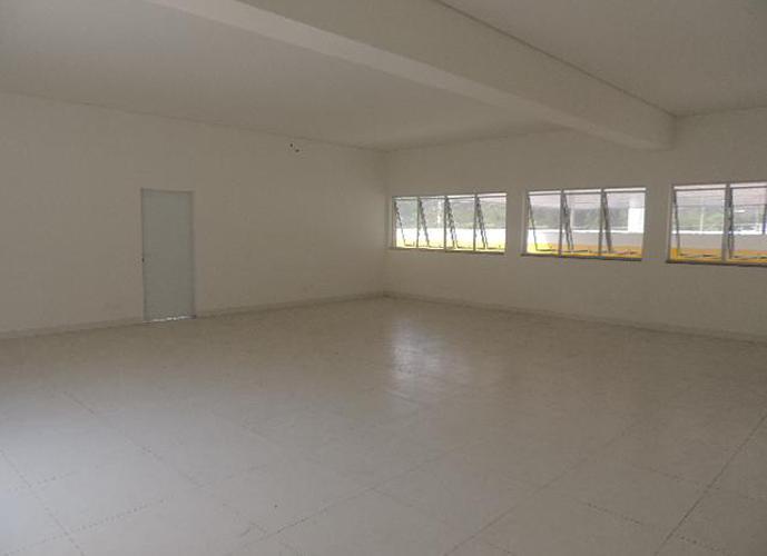 Loja em Granja Viana/SP de 360m² para locação R$ 9.000,00/mes