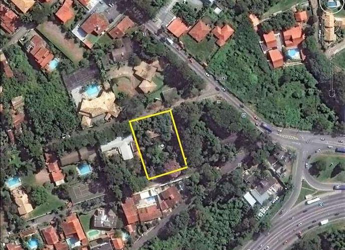 Terreno em Granja Viana/SP de 2350m² a venda por R$ 2.350.000,00