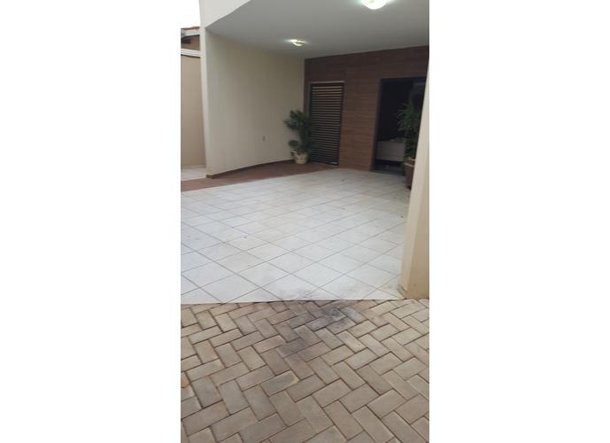 Sobrado em Plano Diretor Sul/TO de 171m² 4 quartos a venda por R$ 330.000,00