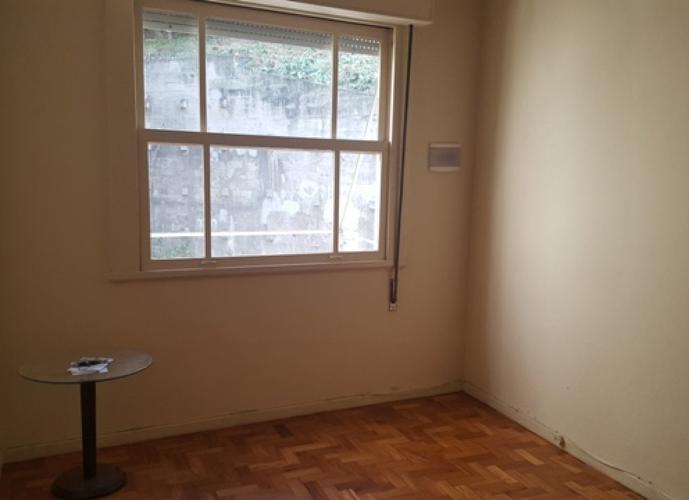Apartamento em Laranjeiras/RJ de 90m² 2 quartos para locação R$ 2.000,00/mes
