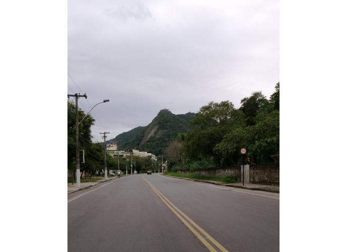 Terreno em Itaipu/RJ de 392m² a venda por R$ 350.000,00