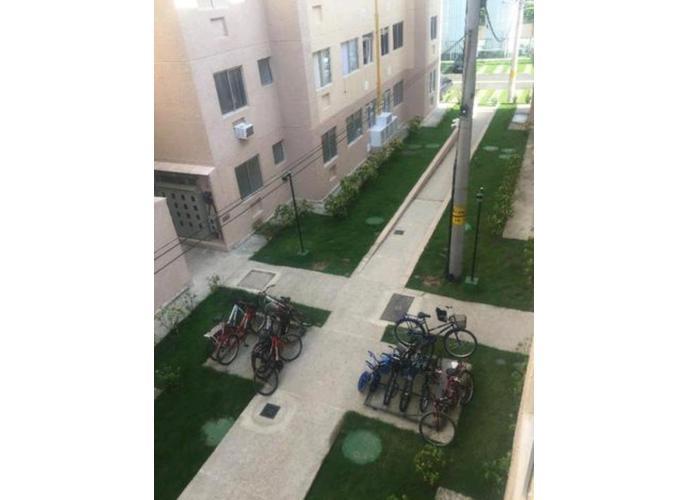 Apartamento em Cosmos/RJ de 44m² 2 quartos a venda por R$ 115.000,00