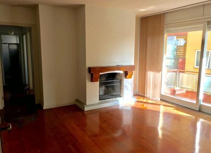 Silvina Ebersol - Apartamento para Aluguel no bairro Centro - Pelotas, RS - Ref: A193