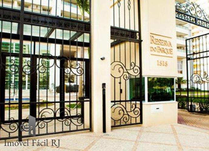 Apartamento a Venda no bairro Jacarepaguá - Rio de Janeiro, RJ - Ref: AF-104