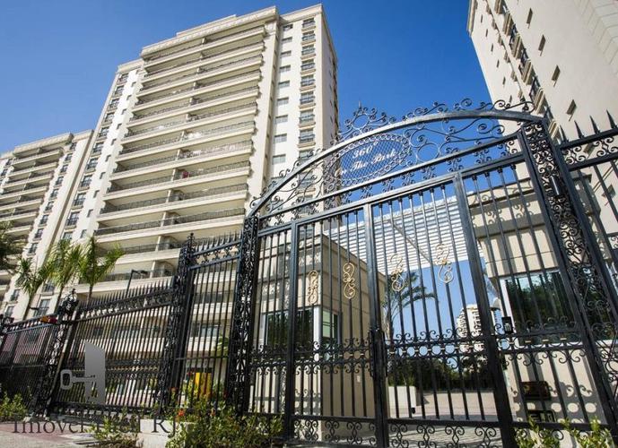 Apartamento a Venda no bairro Barra da Tijuca - Rio de Janeiro, RJ - Ref: AF-081