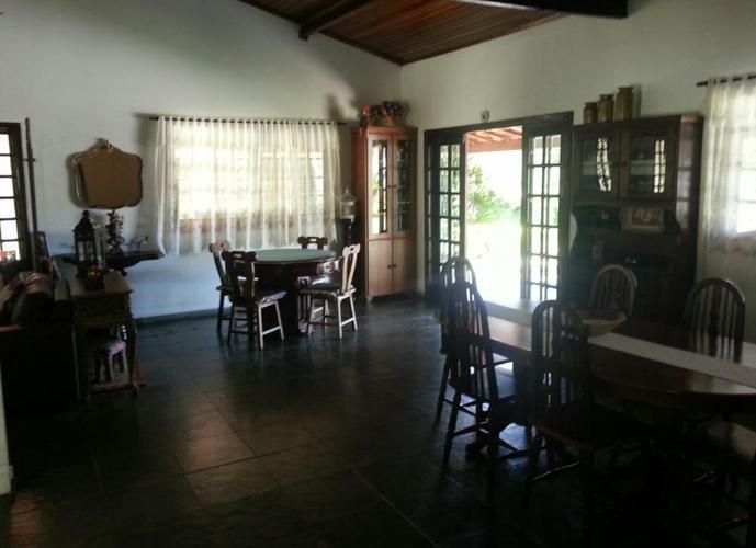 CASA DE CAMPO EM ITATIBA - CONDOMÍNIO CAPELA DO BARREIRO - Casa em Condomínio a Venda no bairro Capela do Barreiro - Itatiba, SP - Ref: SA42421