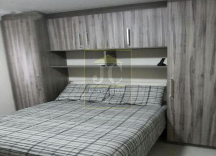 Apartamento na Vila Carmosina