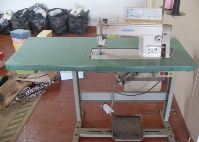Maquina De Costura Reta Eletrônica Juki Ddl-5550n-7
