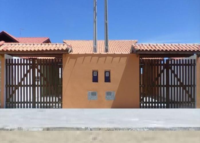Vende casa em Itanhaém com Escritura registrada.