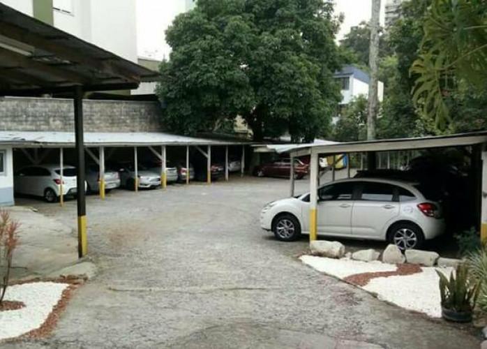 Excelente Estacionamento 980 m² em Santo André - Bairro Nobre.