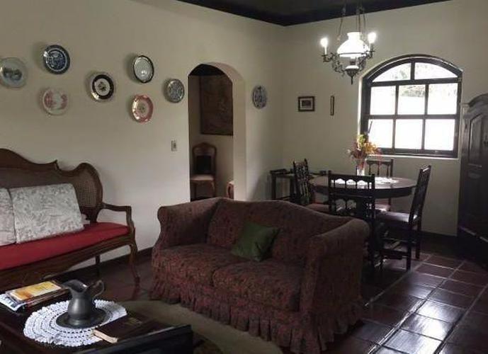 CASA DUPLEX COM VISTA PANORAMICA - Casa em Condomínio a Venda no bairro Correas - Petrópolis, RJ - Ref: GEN36485