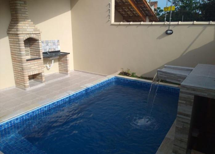 Imobiliária em Itanhaém, casa a venda em Itanhaém com piscina!