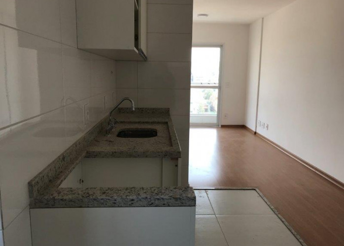 Apartamento 2 Dormitórios 2 Vagas 53 m² no Bairro Santa Maria - Santo André. Sala 2 ambientes com sacada, cozinha americ