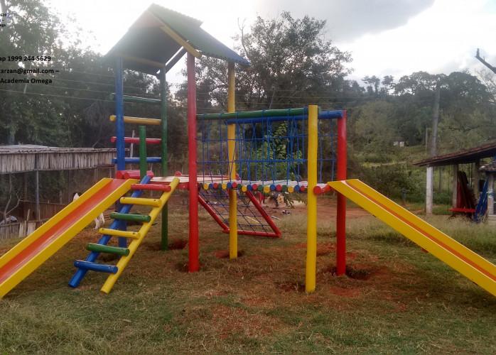 Playground  Casinha de Tarzan madeira de Eucalipto Tratado